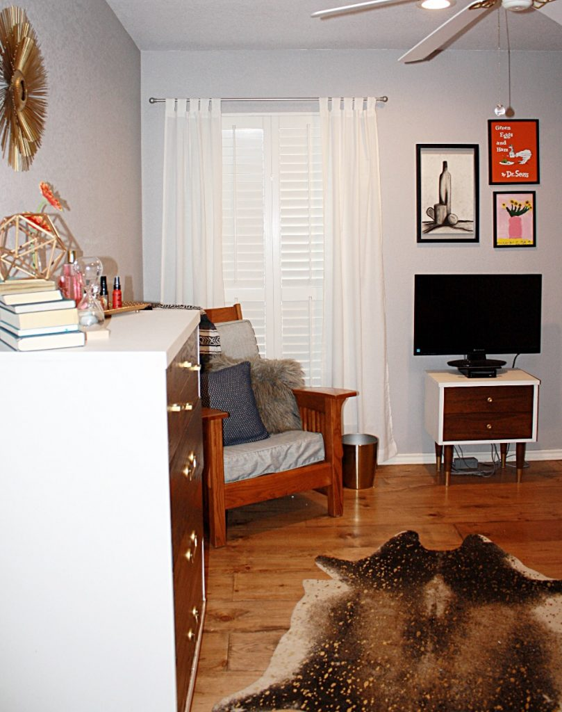 Mid-Century Modern Teen Bedroom